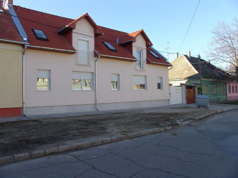 Szent Antal utca 83.